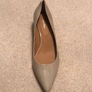 Calvin Klein nude heels size 7.5